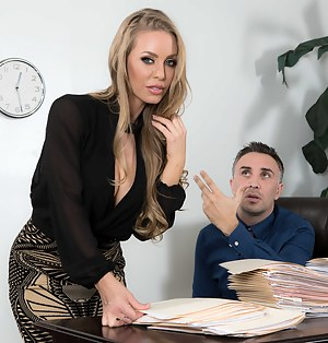 Nude Office MILF Porn Pictures