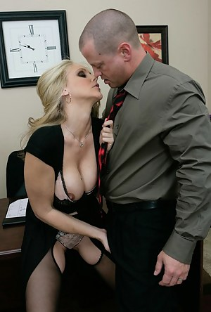 Nude MILF Boss Porn Pictures