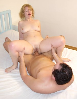 Nude MILF Rough Sex Porn Pictures
