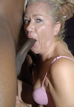 Nude MILF Interracial Porn Pictures