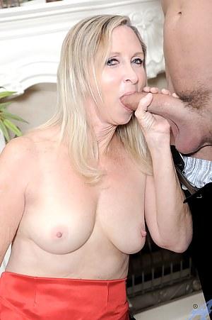 Nude MILF Big Cock Porn Pictures
