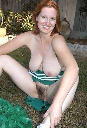 Nude Cheerleader Porn Pictures